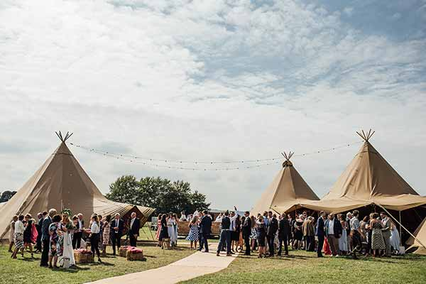 A stunning tipi wedding