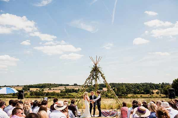 A stunning Cotswold Field of Dreams ceremony